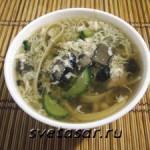 Суп из свинины с лапшой и грибами