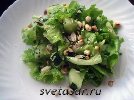ogurez-v-salate