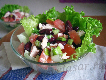 salat-s-fasolyu-i-kuricej
