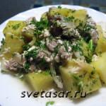 Свинина, тушённая с картофелем в сметане